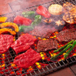 たこ焼き、バーベキュー、肉
