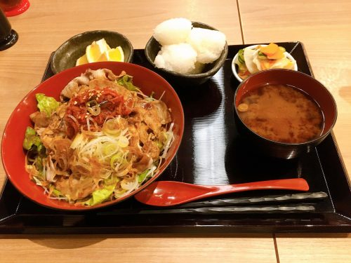 豚キムチ丼定食